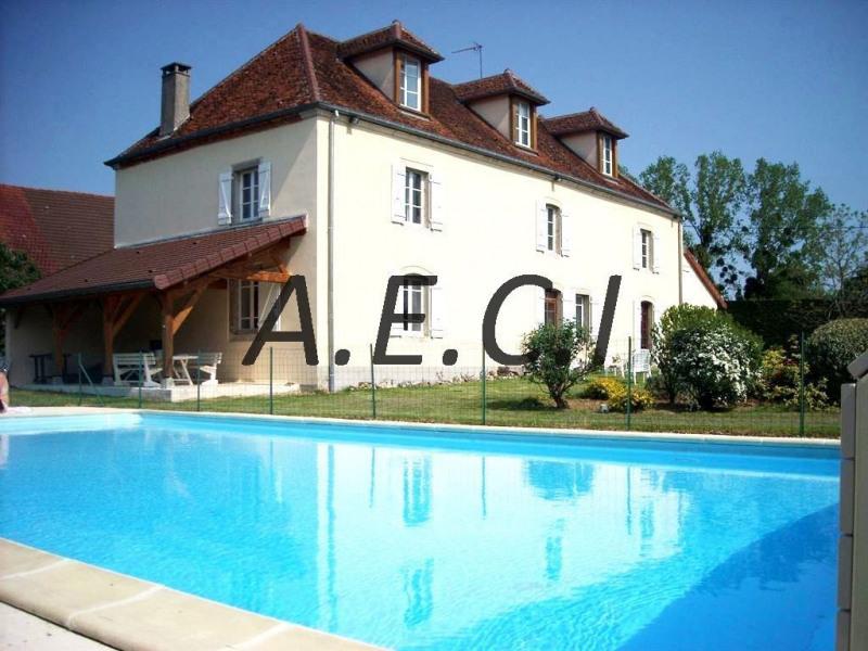 Vente de prestige maison / villa Lombard 450000€ - Photo 1