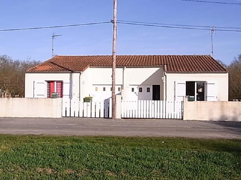 Location maison / villa St romain de benet 558€ CC - Photo 1