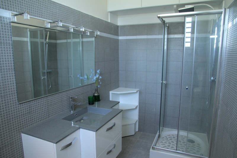 Deluxe sale house / villa St claude 698300€ - Picture 10