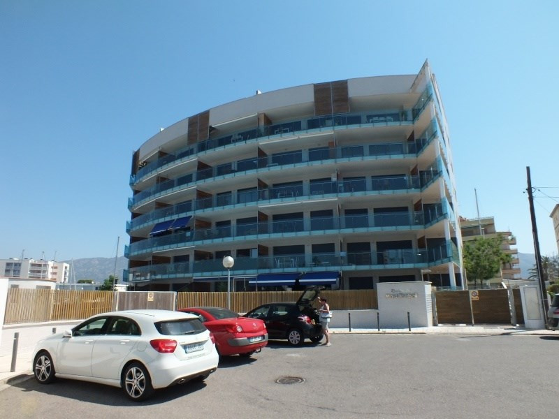 Sale apartment Roses santa-margarita 265 000€ - Picture 1