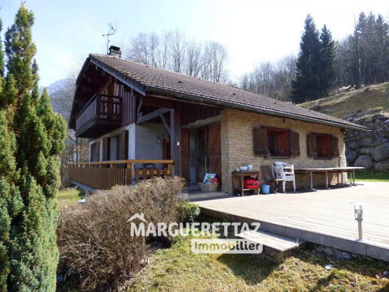 Sale house / villa Saint-pierre-en-faucigny 450 000€ - Picture 1