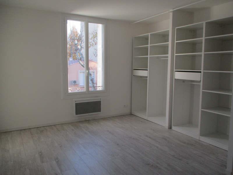 Rental apartment Salon de provence 860€ CC - Picture 6