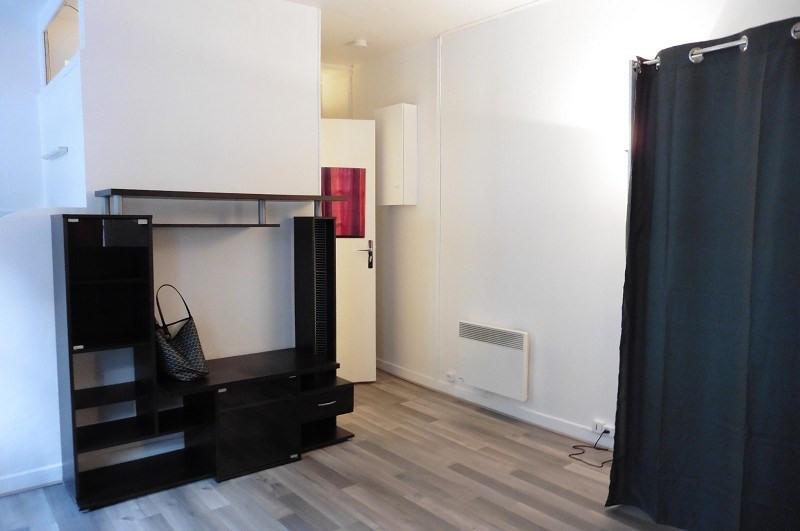 Location appartement Paris 16ème 843€ CC - Photo 3