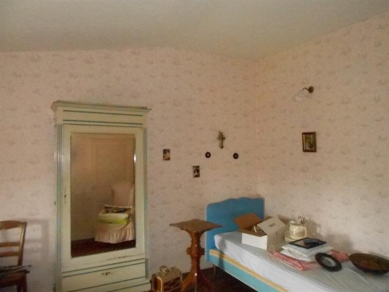 Sale house / villa Montlieu la garde 107000€ - Picture 7