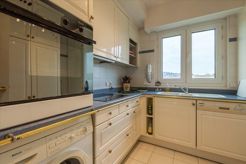 Deluxe sale apartment Le golfe juan 550000€ - Picture 5