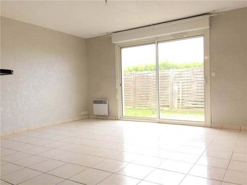 Location maison / villa Ambares-et-lagrave 594€ CC - Photo 1