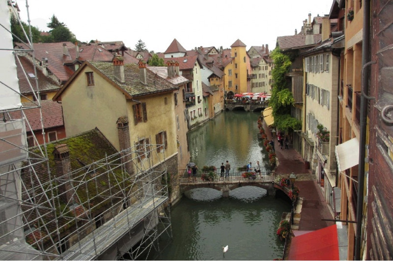 Rental apartment Annecy 869€ CC - Picture 2