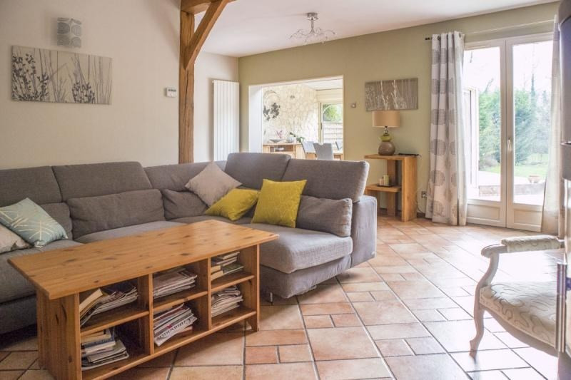 Sale house / villa Les essarts le roi 389500€ - Picture 5