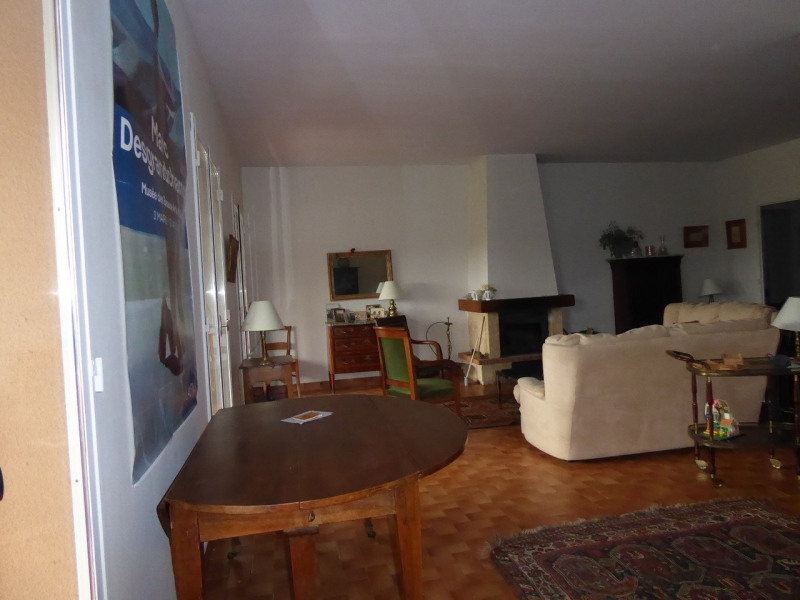 Vente maison / villa Aubenas 239000€ - Photo 8