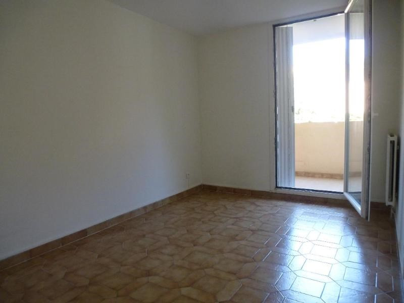 Location appartement Aix en provence 1 257€ CC - Photo 6