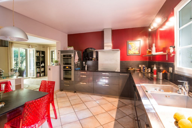 Deluxe sale house / villa Rochefort du gard 630000€ - Picture 5