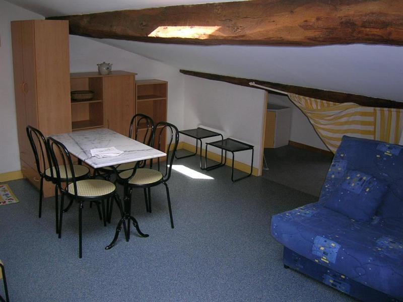 Location appartement Saintes 312,65€ CC - Photo 2