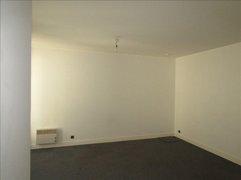 Location appartement Pontoise 620€ CC - Photo 4