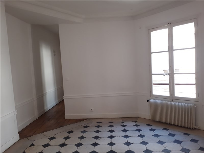 Rental apartment Paris 9ème 3 060€ CC - Picture 6