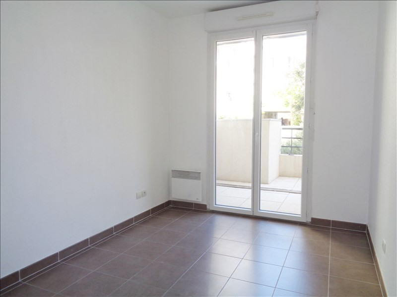 Location appartement Seyne sur mer 595€ CC - Photo 7
