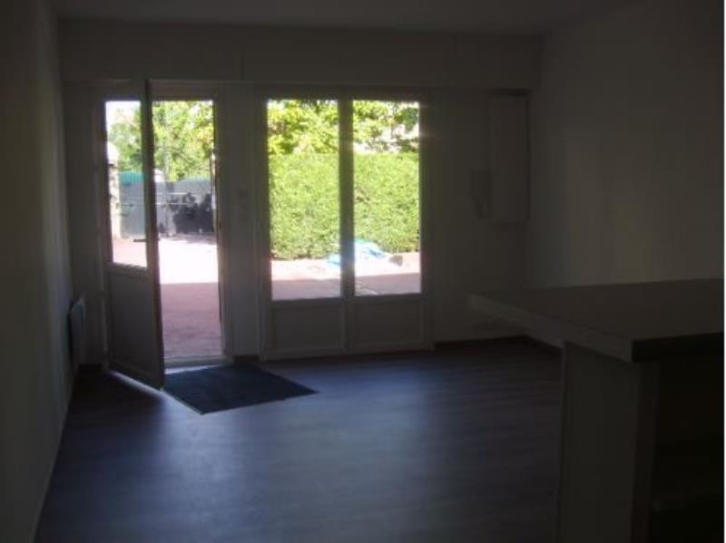Location appartement Savigny sur orge 749€ CC - Photo 2