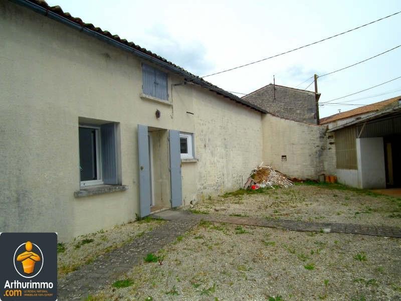 Sale house / villa Matha 60000€ - Picture 1