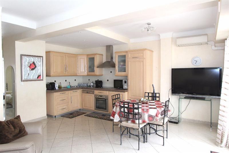 Sale apartment Juan les pins 495000€ - Picture 6