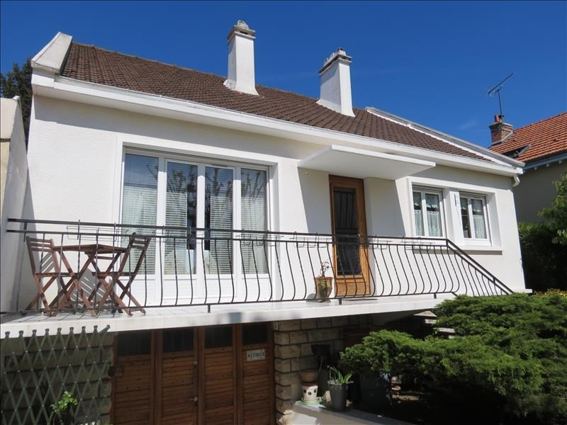 Vente maison / villa Beauchamp 440000€ - Photo 1