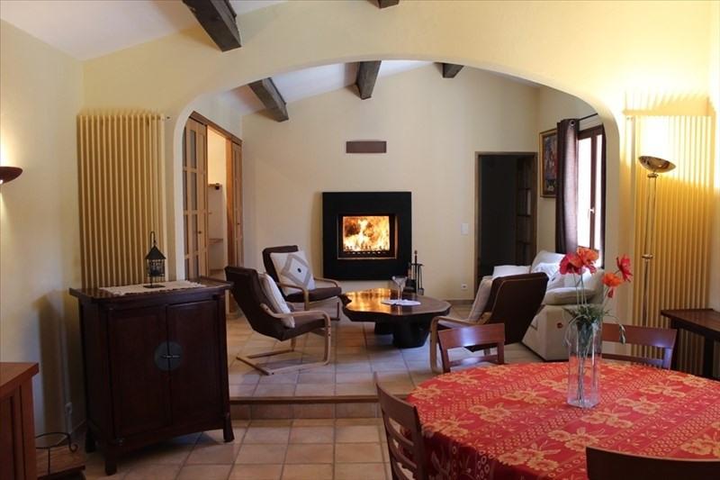 Vente de prestige maison / villa Lauris 560000€ - Photo 2