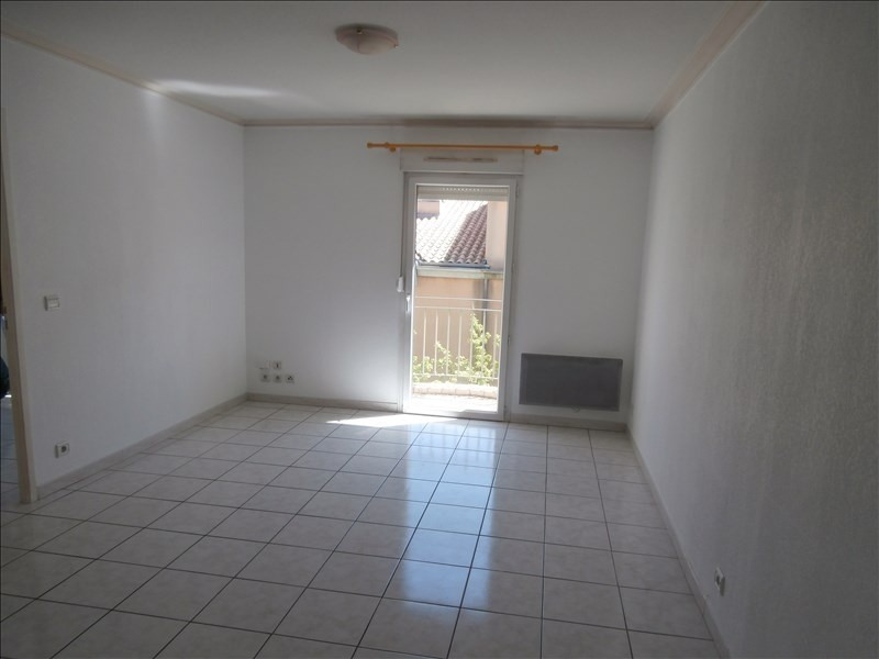 Location appartement Manosque 587€ CC - Photo 2