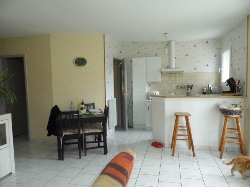 Rental house / villa Saint-selve 580€ CC - Picture 3