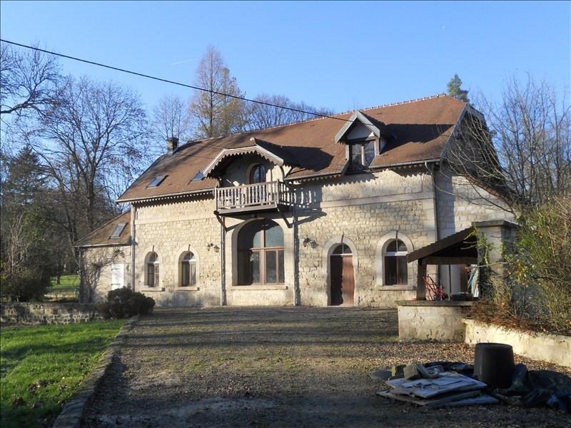 Location maison / villa Longpont 1300€ CC - Photo 1