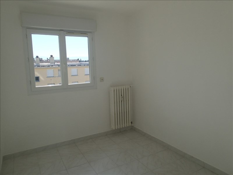 Sale apartment Guilherand 106 000€ - Picture 5