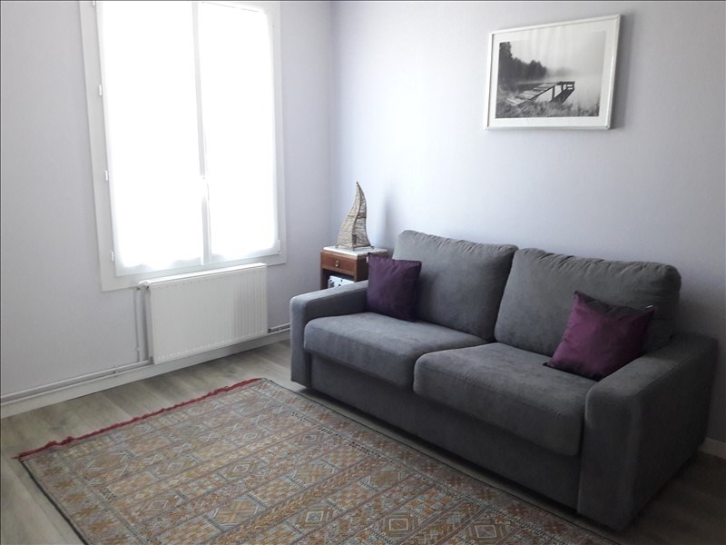 Location maison / villa Chauray 736€ CC - Photo 6