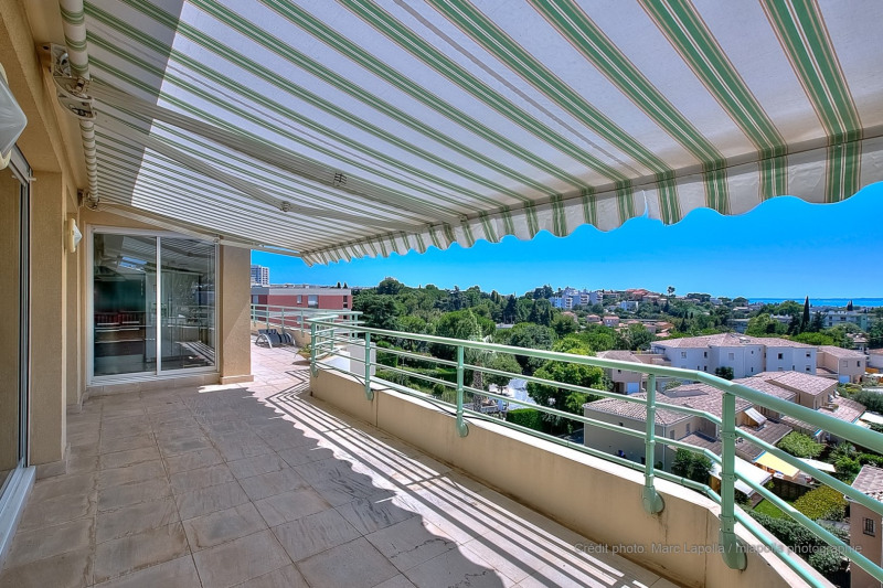Deluxe sale apartment Antibes 895000€ - Picture 5