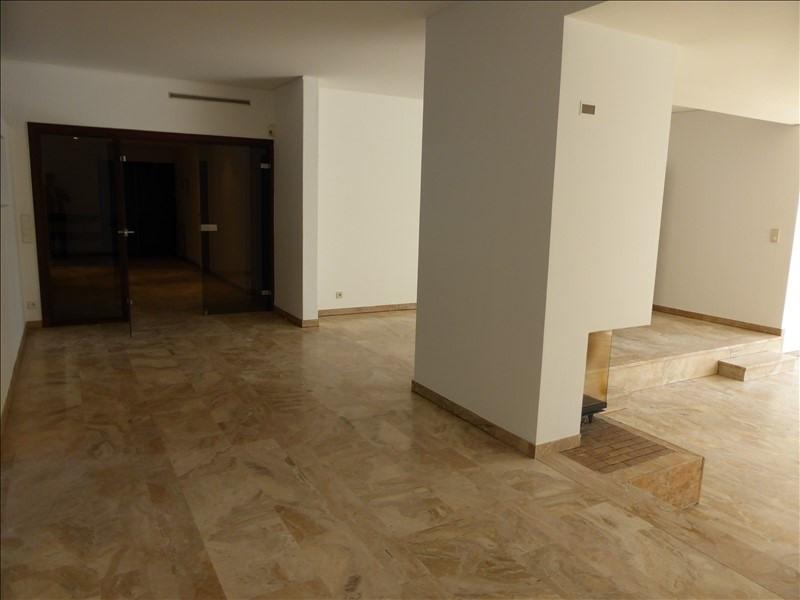 Rental apartment St cloud 4600€ CC - Picture 3