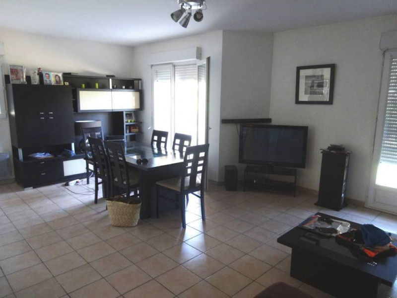 Location appartement Les angles 843€ CC - Photo 1