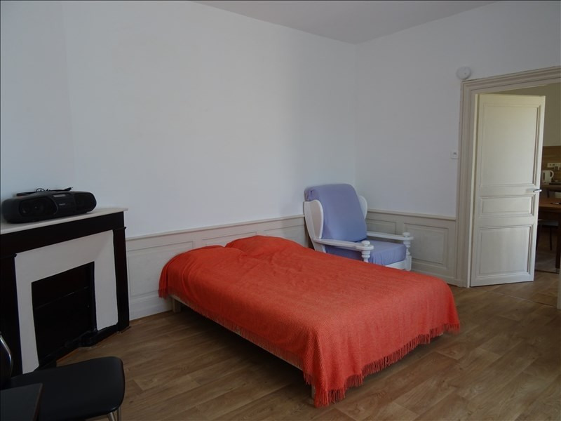 Location appartement Riorges 350€ CC - Photo 1