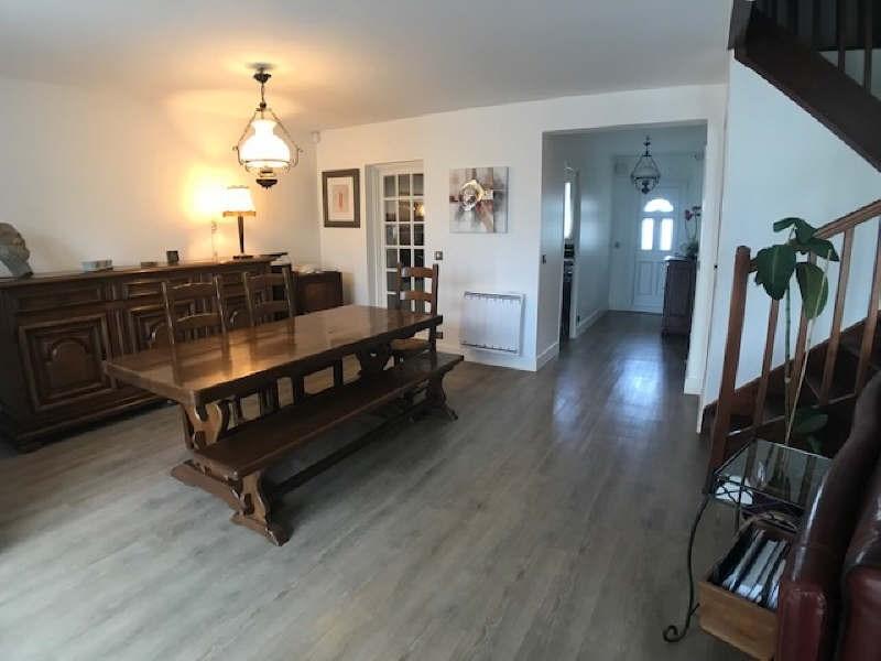 Sale house / villa Lesigny 384000€ - Picture 2