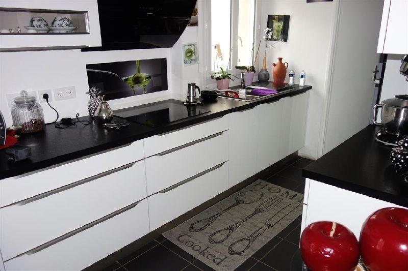 Sale house / villa Ste genevieve des bois 389000€ - Picture 2