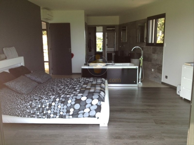 Deluxe sale house / villa Les issambres 1685000€ - Picture 9
