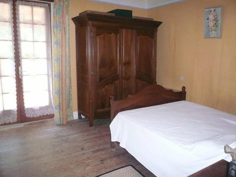 Sale house / villa Figeac 146970€ - Picture 8