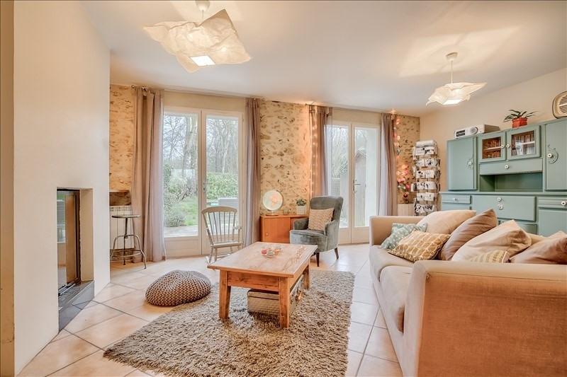Sale house / villa St cyr sous dourdan 299000€ - Picture 1