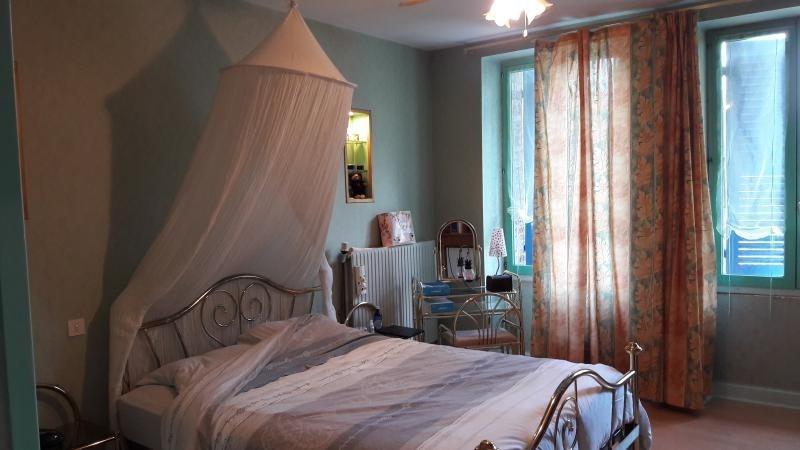 Sale house / villa Les neyrolles 181000€ - Picture 4