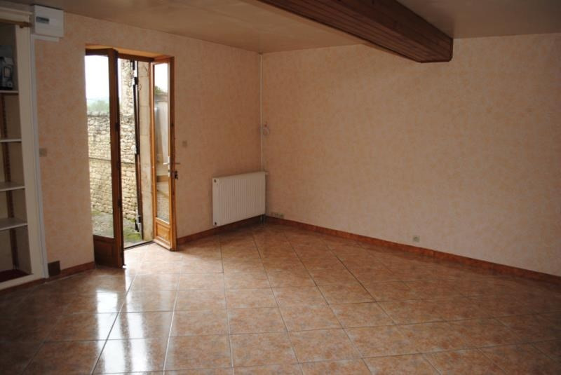 Rental apartment Maligny 380€ CC - Picture 3