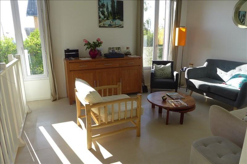 Sale house / villa Garches 695000€ - Picture 1