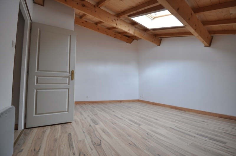Location maison / villa St chef 680€ +CH - Photo 4