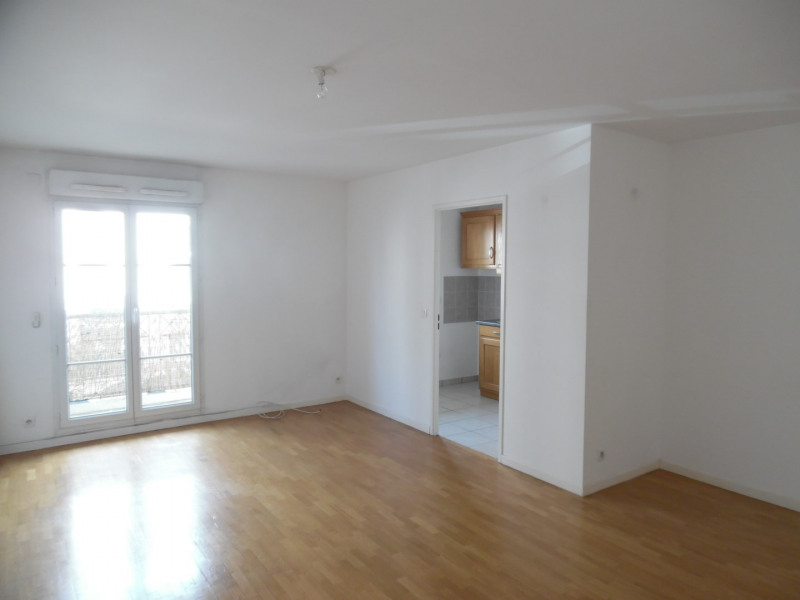 Sale apartment Poissy 179000€ - Picture 1
