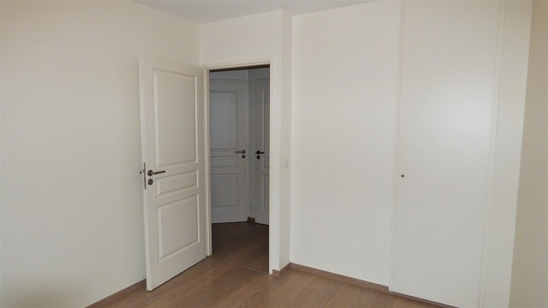 Location appartement Ville la grand 1 115€ CC - Photo 6