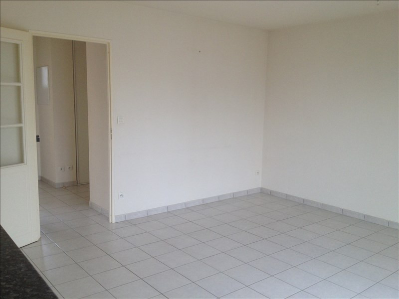 Location appartement Vendome 453€ CC - Photo 3