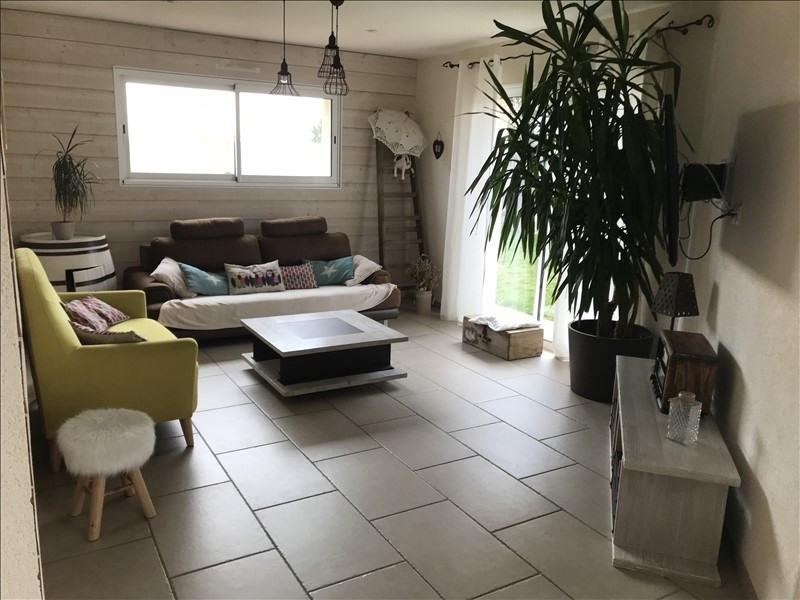 Sale house / villa St andre de la marche 240460€ - Picture 2
