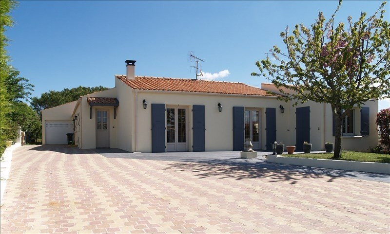 Sale house / villa Yves 399 760€ - Picture 2