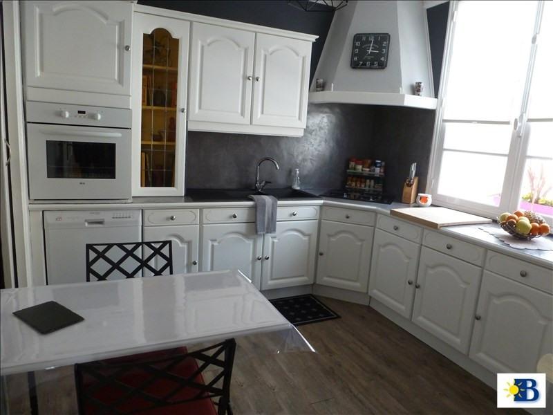 Vente maison / villa Chatellerault 196100€ - Photo 3