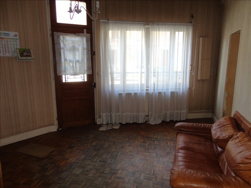 Sale house / villa Bury 128 500€ - Picture 4