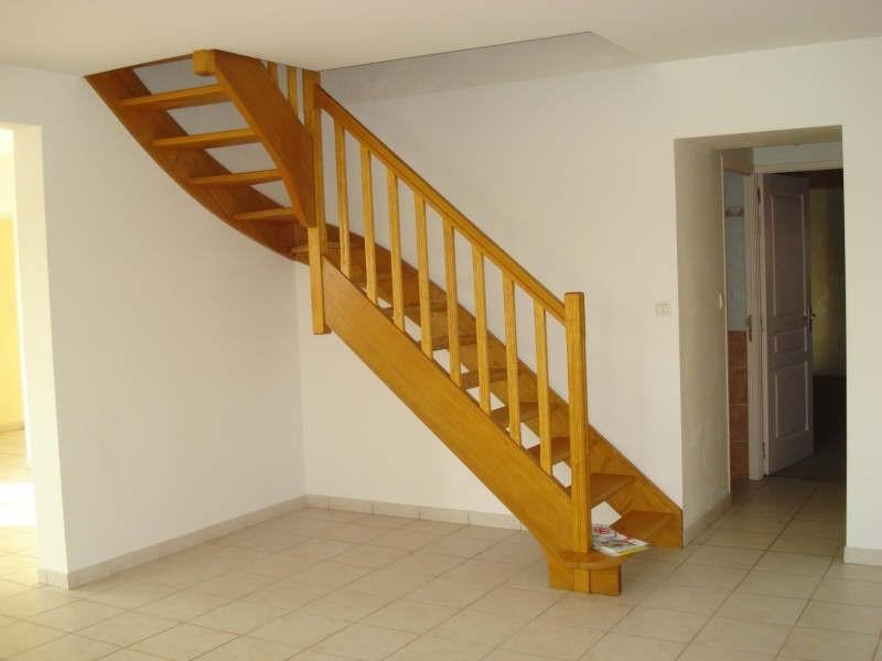 Rental house / villa Tillieres 760€ CC - Picture 2